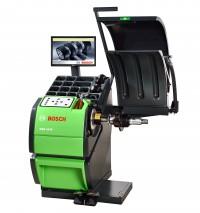 Bosch WBE 4445 S10 Автоматический балансировочный станок с ЖК-монитором, пневмозажим